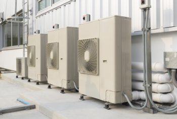 1. 電気設備は、常にフル回転が要求される